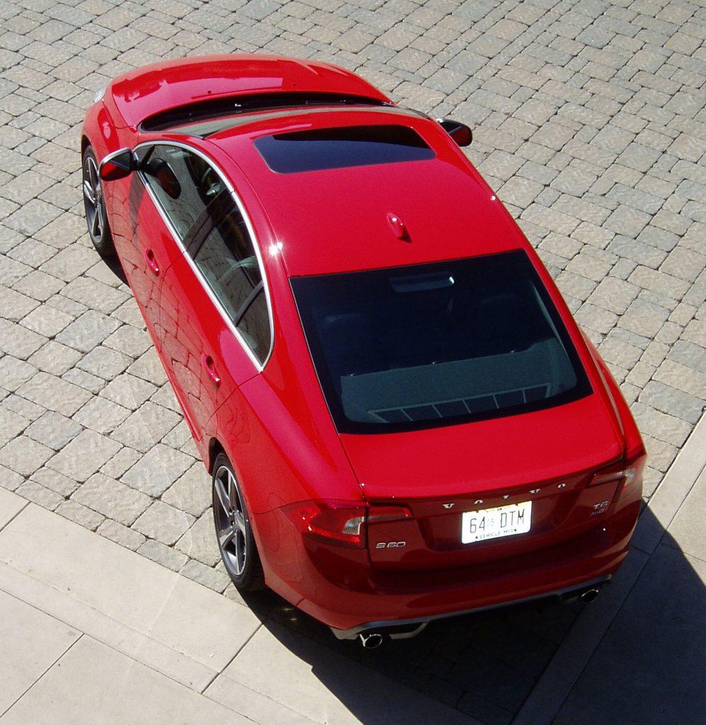 Обновлённый Volvo S60